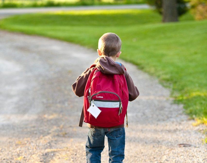 Consejos de un fisioterapeuta para comprar la mochila escolar
